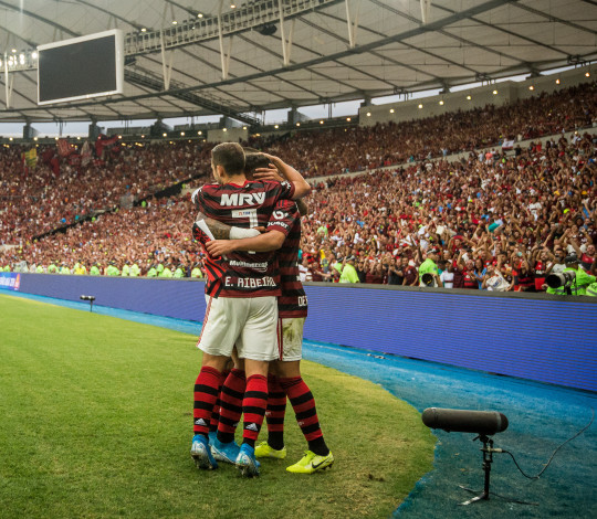 Mengão vence o Palmeiras por 3 a 0, no Maracanã