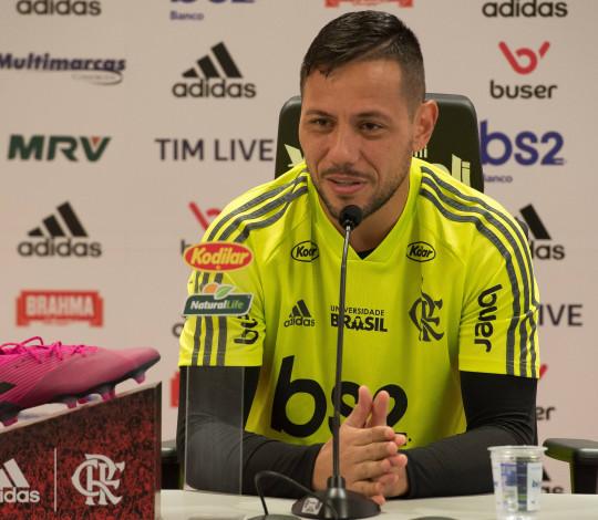 Diego Alves fala sobre duelo contra o Avaí