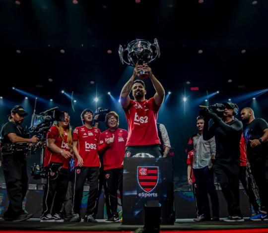Flamengo é campeão do segundo split do CBLoL