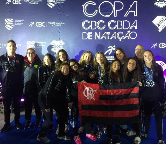 Time Flamengo termina em 6º lugar na Copa CBC CBDA de Natação