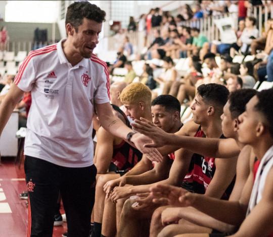 Flamengo disputa etapa final da LDB em São Paulo