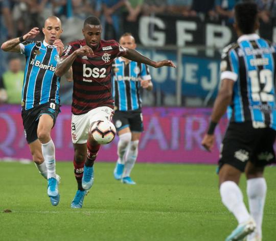 Flamengo empata com o Grêmio no primeiro jogo da semifinal da Liberta