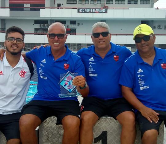 Em casa, Flamengo é campeão do Circuito Celebridades de Natação