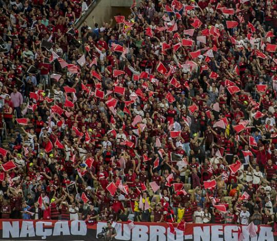 Torcedores do Flamengo devem trocar voucher e cadastrar biometria para acessar a Arena da Baixada