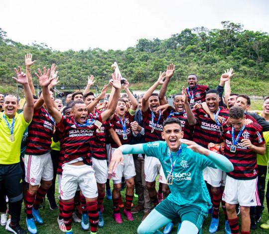 É CAMPEÃO! Sub-17 vence o Botafogo por 1 a 0 e conquista a Taça Rio