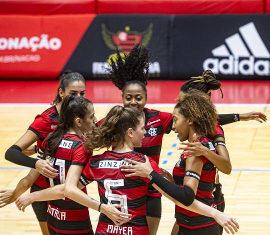 Flamengo vence a Seleção Carioca na estreia do Estadual de Vôlei