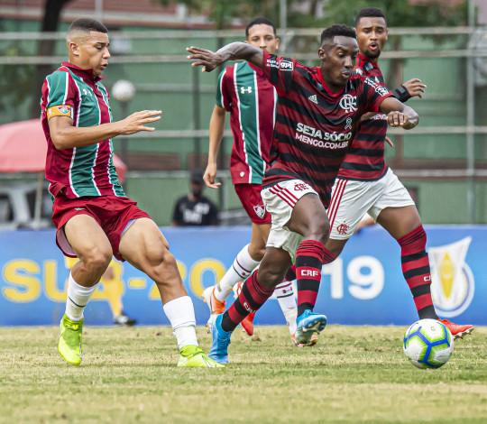 Sub-20 elimina o Fluminense com duas vitórias e está na semifinal do Campeonato Brasileiro
