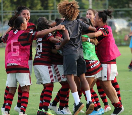 Flamengo/Marinha vira de forma épica, elimina o Botafogo e garante vaga na final do Carioca