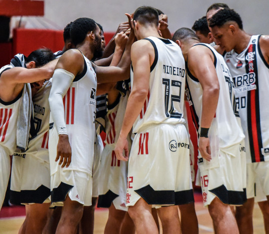 Em Campina Grande, Flamengo enfrenta a Unifacisa pelo NBB 12