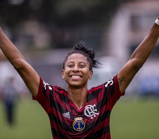 Com gol de Raiza, Flamengo/Marinha bate o Fluminense por 1 a 0 no jogo de ida da final do Carioca