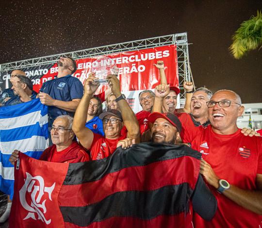 Time Flamengo termina Brasileiro Interclubes Júnior de Natação em terceiro lugar