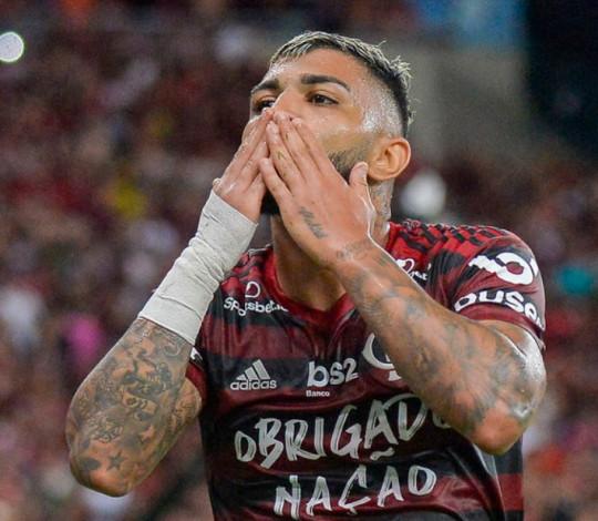 Em seu último jogo no Maraca em 2019, Mengão goleia o Avaí por 6 a 1