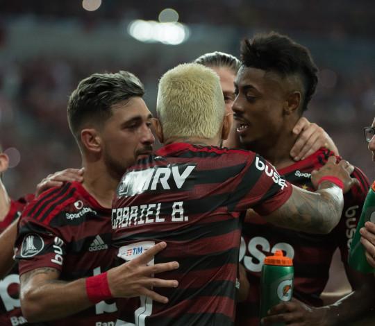 O sucesso do trio ofensivo rubro-negro na conquista do Brasileirão
