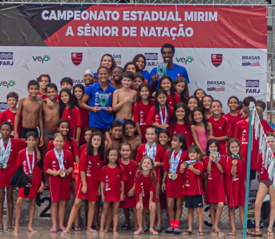 Time Flamengo conquista o título do Campeonato Estadual Mirim e Petiz de Natação