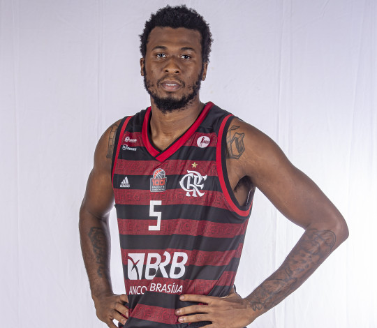 Leron Black opta por deixar o Flamengo