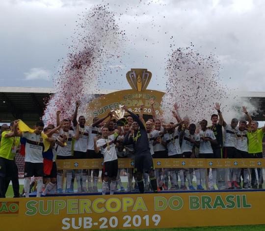 Sub-20 é campeão da Supercopa e garante vaga na Taça Libertadores da América
