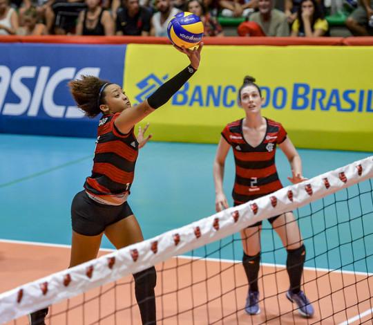 Flamengo enfrenta o Fluminense na Hebraica pela Superliga