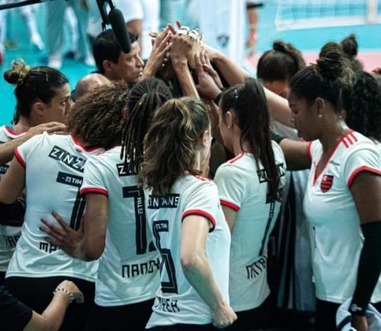 Flamengo é superado pelo Fluminense na Superliga