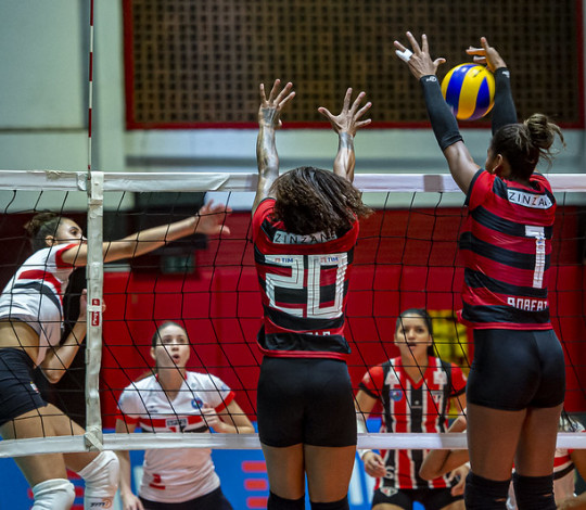 Flamengo mede forças com o São Paulo Barueri nesta sexta-feira (24)