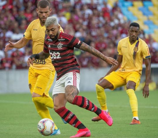 Pra sempre por vocês! Mengão vence o Madureira por 2 a 0 pela Taça Guanabara