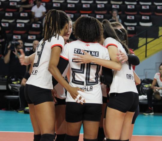 Flamengo é superado pelo Sesi Bauru por 3 sets a 2