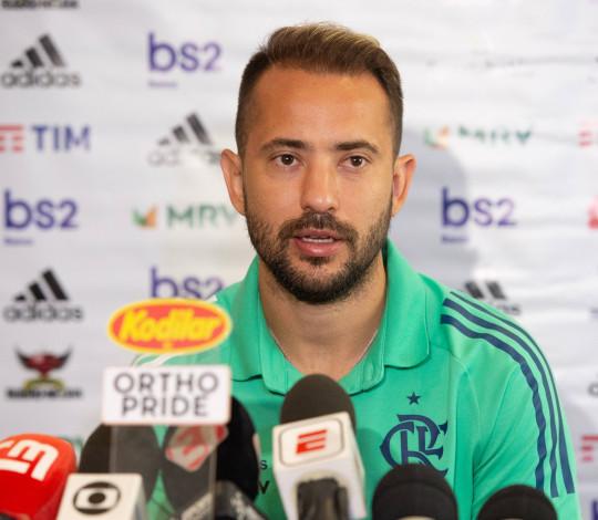 Everton Ribeiro fala sobre a final da Supercopa em Brasília
