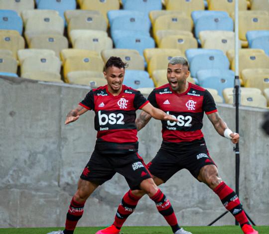 Gabigol marca três vezes e Flamengo goleia a Cabofriense por 4 a 1 no Maracanã
