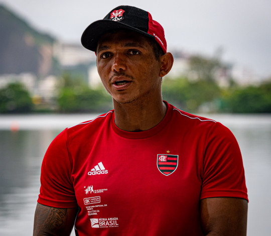 """""""Acho que é o melhor caminho a seguir"""", diz Isaquias Queiroz sobre adiamento das Olimpíadas"""