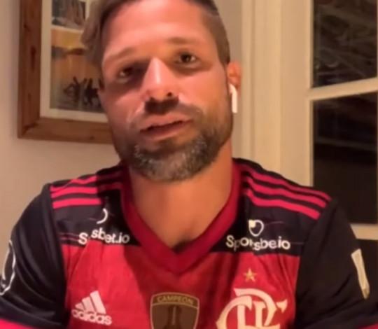 Diego relembra lesão e momentos de glória no Flamengo
