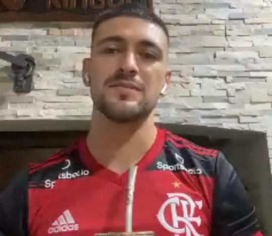 Arrascaeta destaca gol mais bonito pelo Flamengo e fala sobre período de quarentena