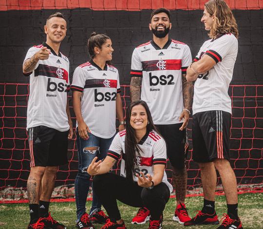 Flamengo e adidas lançam novo Manto II