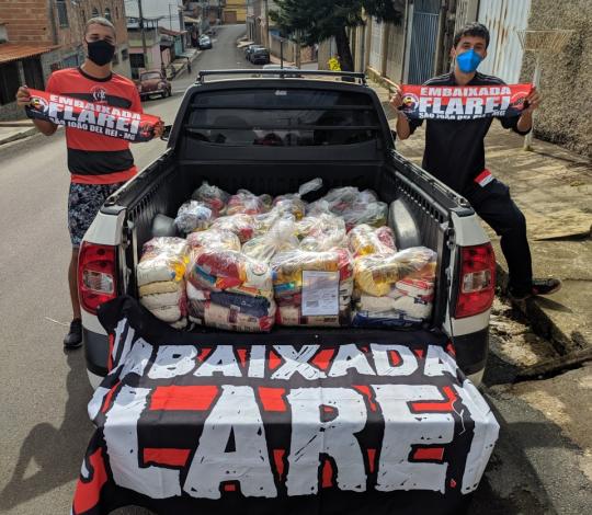 Embaixada Flarei promove campanha de doação de cestas básicas