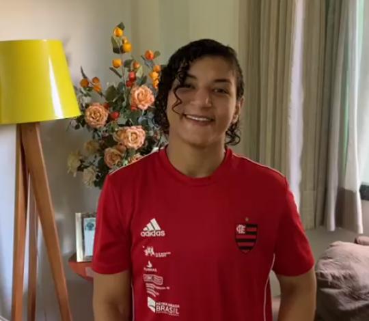 Sarah Menezes é convocada para treinamento de campo em Portugal