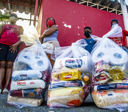 'Nação Solidária' chega ao Morro do Salgueiro