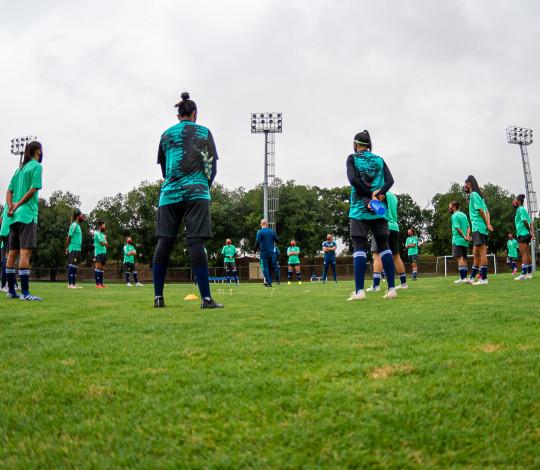 Flamengo/Marinha se reapresenta após testes de Covid-19 e faz primeiro treino com bola