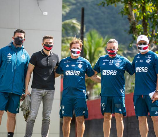 Julian Jimenez integra comissão técnica do Flamengo