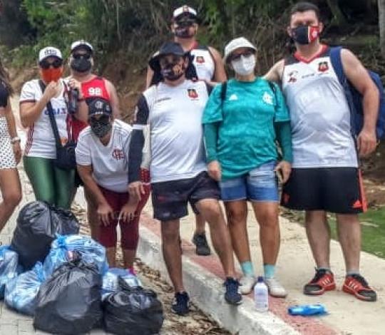 Embaixada Flapixaba promove campanha da limpeza