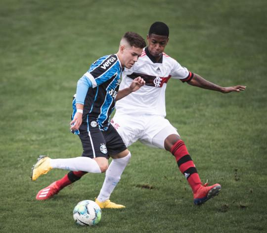 Muito superior em campo, Sub-20 empata com o Grêmio no Sul pelo Campeonato Brasileiro