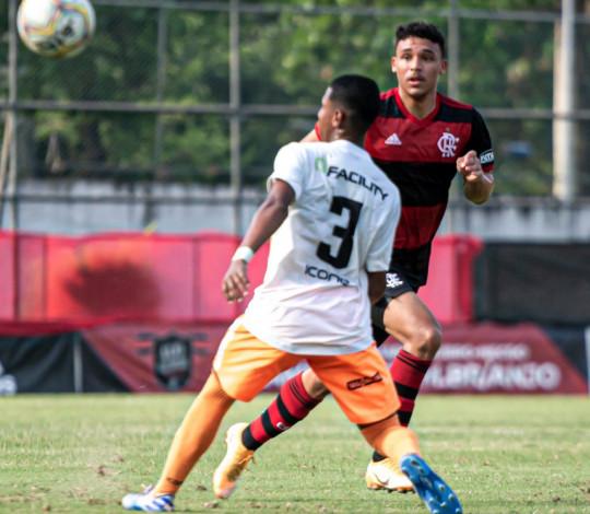 Flamengo perde para o Nova Iguaçu por 3 a 2 pela Taça Guanabara Sub-20