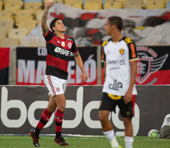 Mengão vence o Sport por 3 a 0 com dois de Pedro e um de Gustavo Henrique