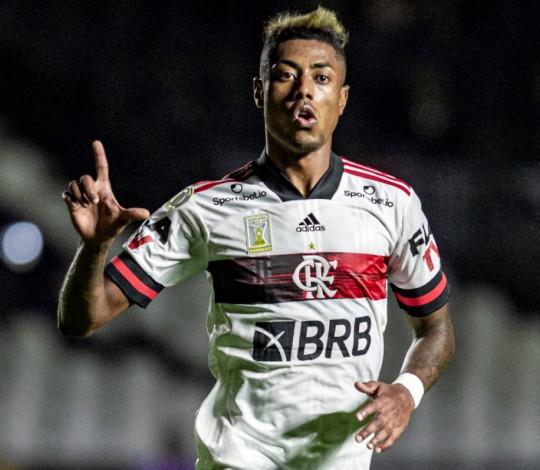 De virada, Mengão vence o Vasco por 2 a 1 em São Januário