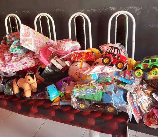Consulado Flatapera81 arrecada mais de 100 brinquedos para crianças no alto sertão alagoano