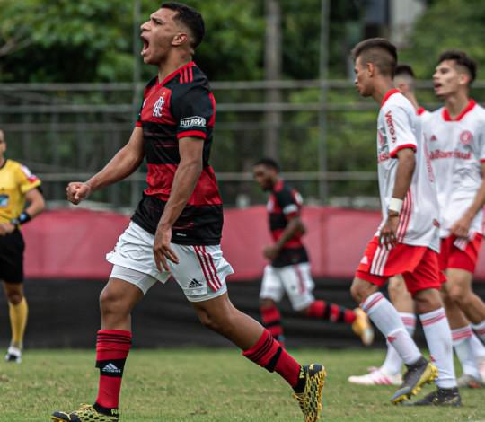 Com excelente atuação coletiva, Sub-17 goleia o Internacional por 4 a 0 na Gávea