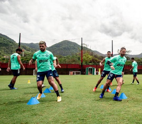 Flamengo se reapresenta no Ninho e inicia preparação para duelo contra o Junior Barranquilla