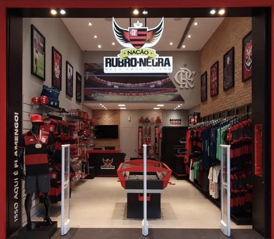 Dono do maior projeto do ramo no país, Flamengo inaugura 100ª loja oficial no Dia do Flamenguista
