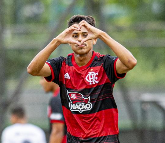 Sub-20 vence o Ceará e chega à sexta vitória consecutiva no Campeonato Brasileiro