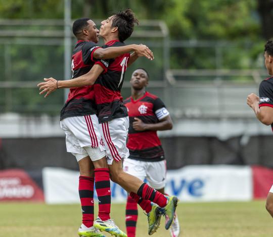 Acompanhe a partida entre Vitória x Flamengo, pela nona rodada do Brasileirão Sub-17
