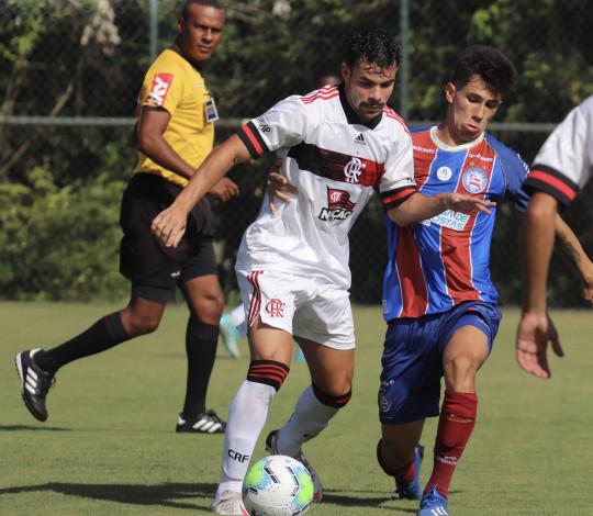 Fora de casa, Flamengo perde para o Bahia por 1 a 0 no Brasileiro Sub-20