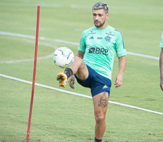Flamengo realiza treino visando o clássico contra o Botafogo, pelo Brasileiro