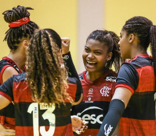 Sesc RJ Flamengo recebe o São Paulo Barueri no CT do Vôlei, em Saquarema